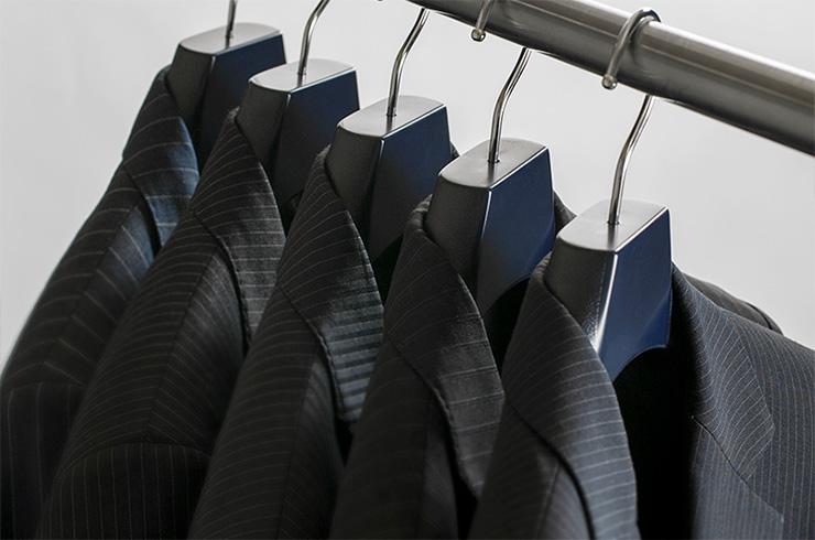 メンズ用 プラスチック スーツ・コート ハンガー