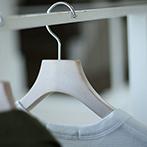 【新色ヴィンテージホワイト】上質な木製ホワイトのシャツハンガー