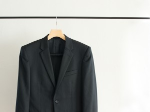 kobel_170330_suit_3