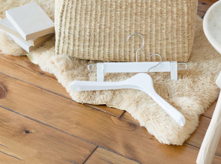 コーベルクローゼット プラスチック ホワイトのハンガー